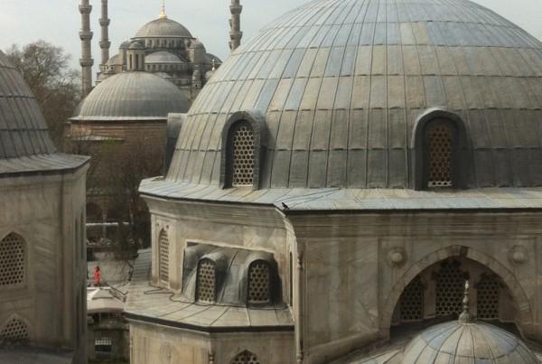 ISTANBUL-Hagia Sofia-Sainte Sophie-vue des toits vers la mosquée bleue 1-CF
