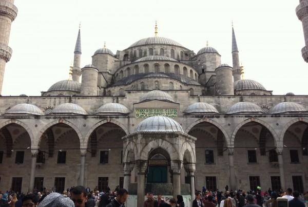 ISTANBUL-Mosquée Bleue-depuis la cour 2-CF