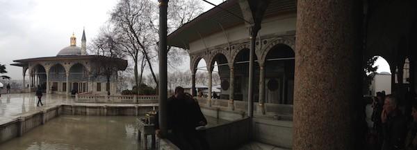 ISTANBUL-Palais Topkapi-Jardins du Harem-CF
