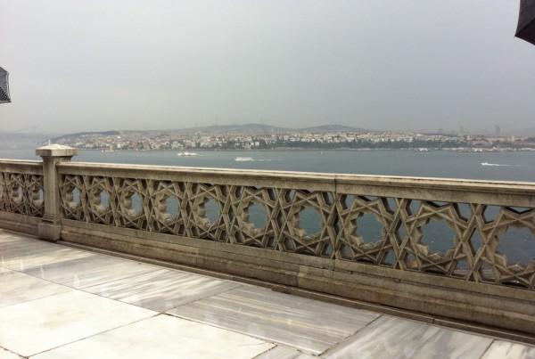 ISTANBUL-Palais Topkapi-Terrasse sur le Bosphore-CF