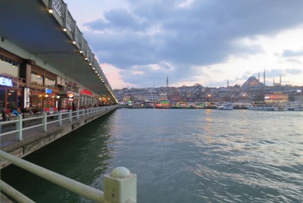 ISTANBUL-Vue du pont de Galata vers la vieille ville-CF